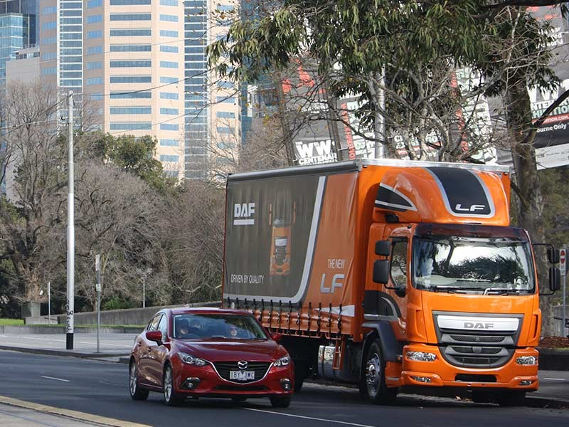DAF LF 280 4x2 truck review ATN