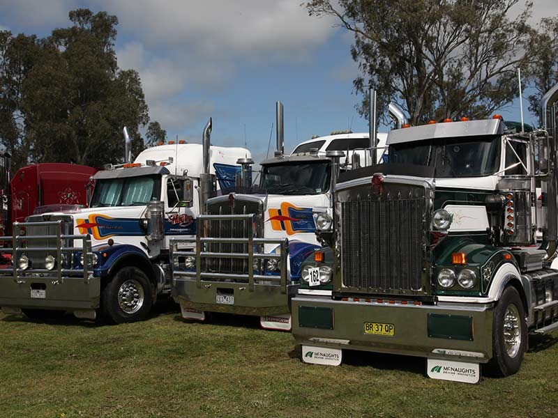Deniliquin Truck Show and Industry Expo 2016 OWD25