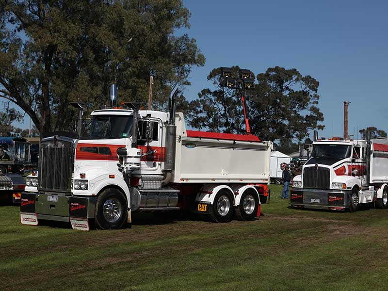 Deniliquin Truck Show and Industry Expo 2016 OWD32