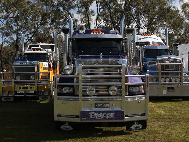 Deniliquin Truck Show and Industry Expo 2016 OWD34