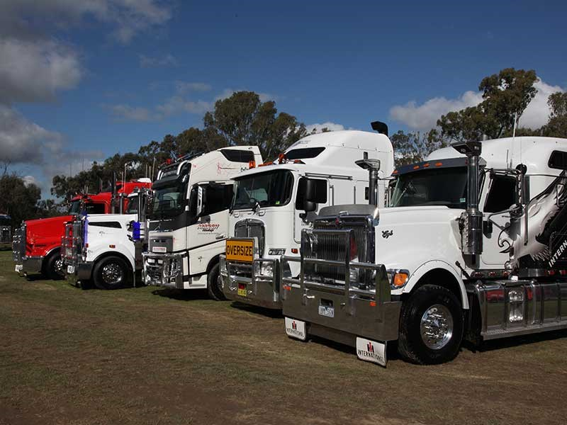 Deniliquin Truck Show and Industry Expo 2016 OWD40