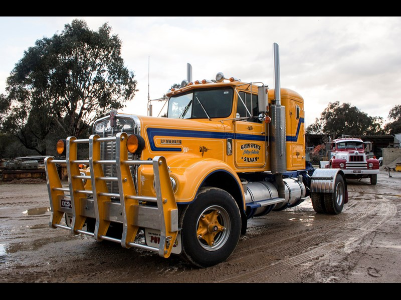 Gavin Spence s 1969 Kenworth W921