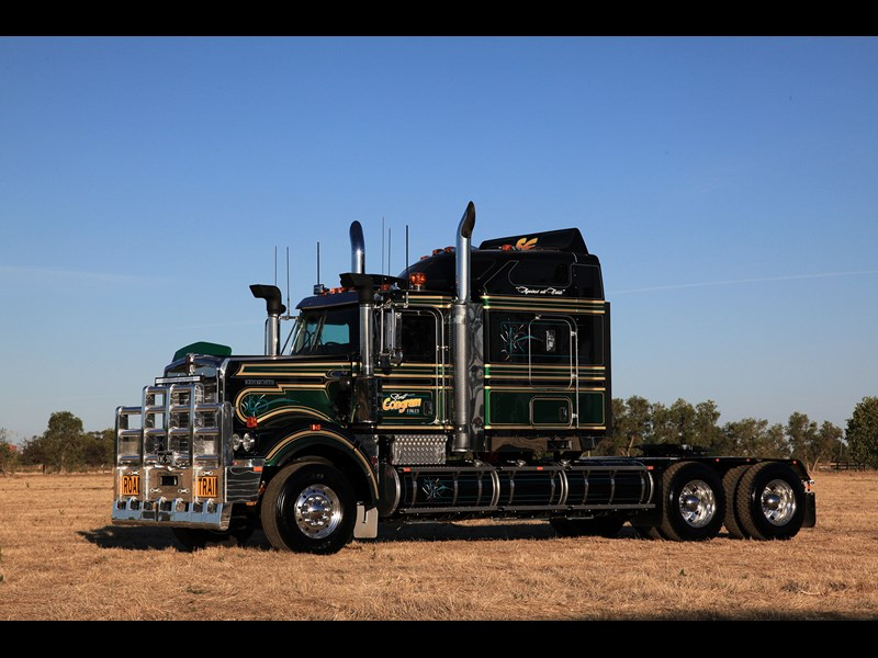 The Kenworth is ultra-modern with a Cummins Signature ISXe5 set at 600hp (447kW).