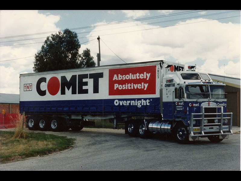 Terry Baker became an owner driver when he purchased this 1981 Kenworth Aerodyne to subcontract for Comet Overnight Transport