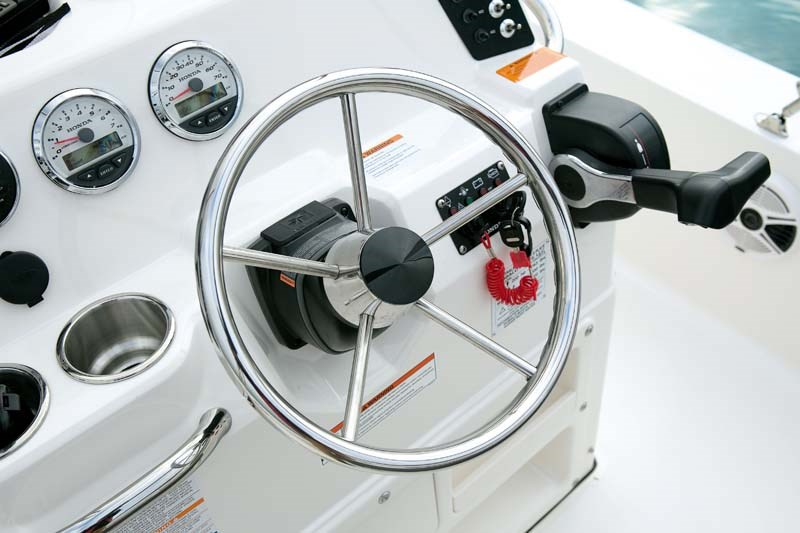 Dash on Robalo Cayman 206