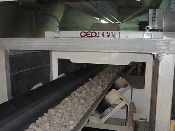 Scantech Geoscan M and mineral processing conveyor
