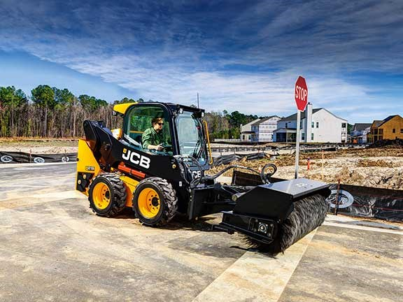 JCB 215 skid vertical lift skid steer
