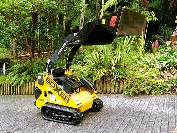 Boxer 525DX compact track loader raised bucket