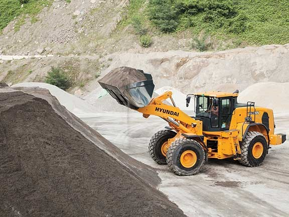 Hyundai HL965 wheel loader
