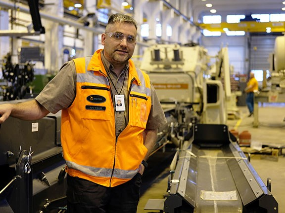 Metso expands Lokotrack production facility gallery 1