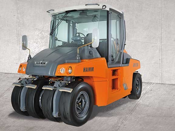 Hamm GRW280 multi-tyred roller