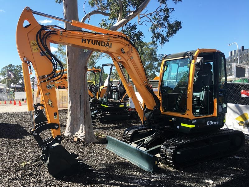 Hyundai Robex 60CR-9 Mini Excavator is built for getting in the tight places on jobs where there's not much room to move