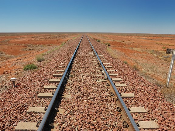 A 1700km rail link between Brisbane and Melbourne is expected to reduce pressure on road infrastructure and improve the global competitiveness of Australian exporters.