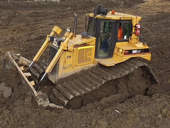Review: Cat D6R LGP swamp dozer