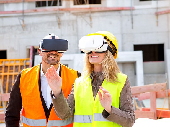 Breakthroughs in virtual and augmented reality technology are expected to change the worksites of the future. Photo: Westend61/GettyImages