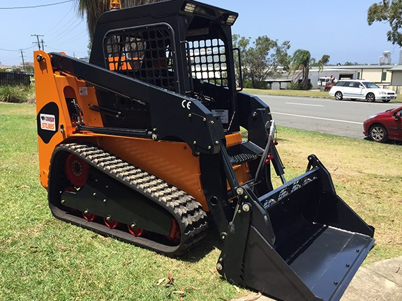The new Cougar STL885 compact track loader.