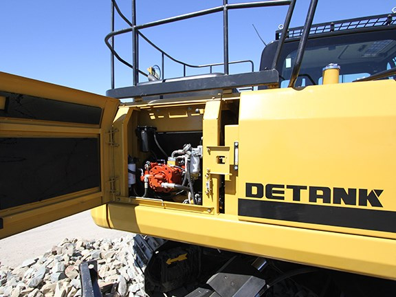 Ground-level serviceability is well-thought-out on the Detank DE150BD excavator.