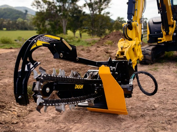 The Digga Bigfoot trencher attached to a 5-tonne Yanmar excavator.