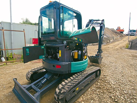 Components are well-paced and accessible under the IHI 35V4 excavator's side and rear covers. Pictures by Dave Lorimar