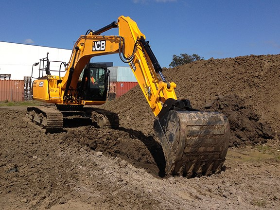 The JCB JS220-LC excavator handled trenching with ease.