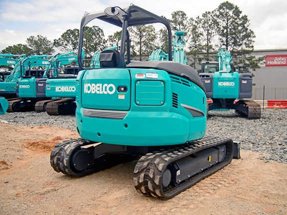 The new Kobelco boasts a particularly quiet 75dB 1m back and 1.5m in height from the rear of the machine.