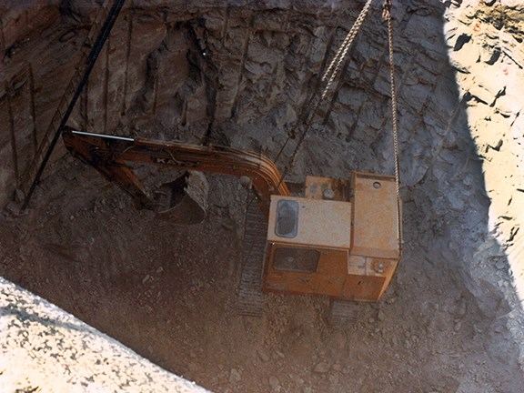 Shaft-sinking with a Kato 180G excavator for Jim Abignano in 1981/82.