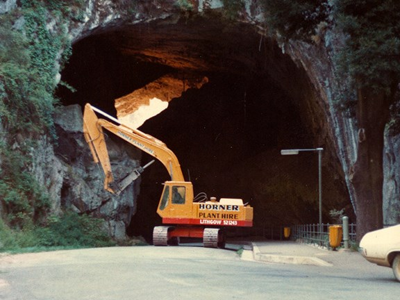 Detailed rock excavation in a sensitive ecological environment — Jenolan Caves, NSW.