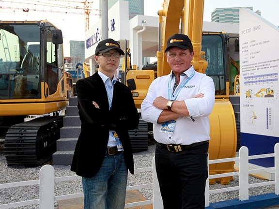 Bauma China 2014: Yang (Dicky) Hu and Ron Horner.