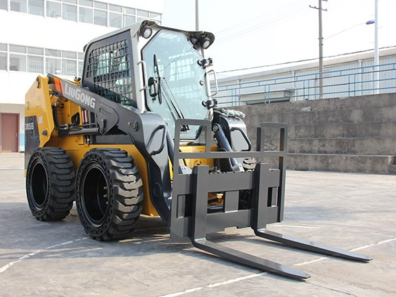 AWD will launch its range of LiuGong equipment at DDT 2016
