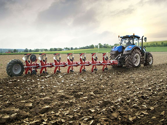 New Holland will be offering a wide range of tillage, seeding and hay/forage products