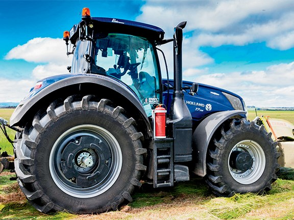 Review | New Holland T7 315 Blue Power Tractor
