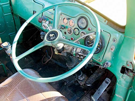 1959 Mack B85 truck steering wheel