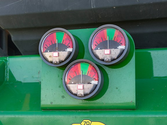 The John Deere 1910 air cart gauges