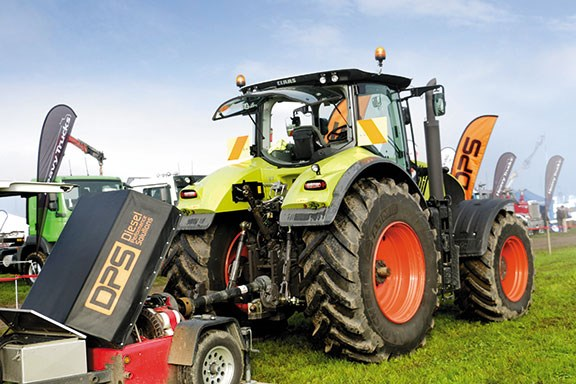 The Claas towing a DPS dyno