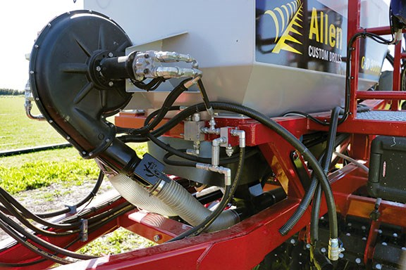 The Allens CD 3000's large hydraulically driven fan
