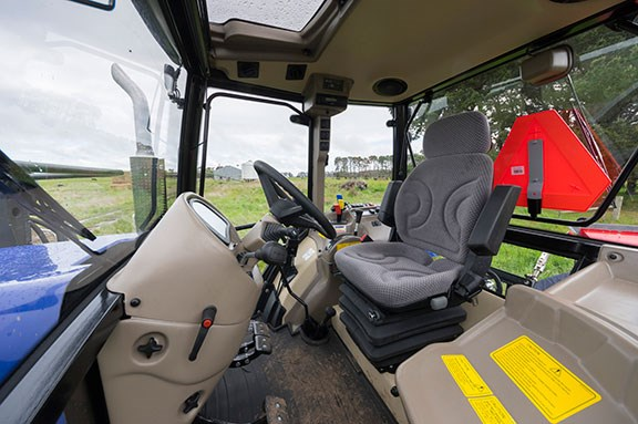 The Farmtrac 9120 cabin