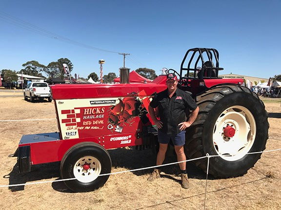 International 'Red Devil' pull tractor at Wimmera Field Days