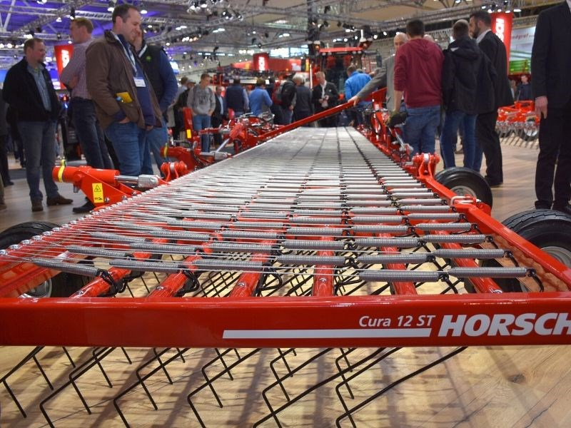 The Horsch Cura ST three point linkage harrow is designed to help reduce pesticide use