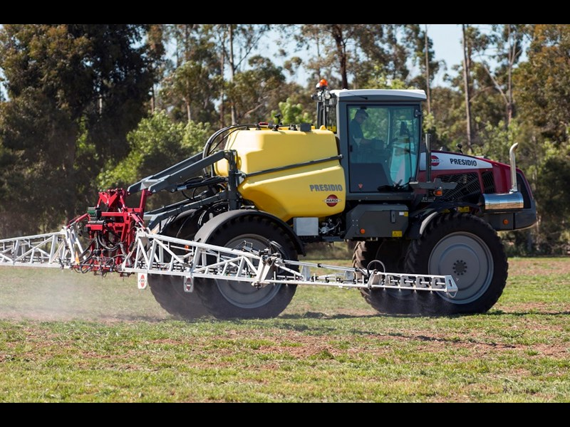 5860 Hardi Presidio sprayer