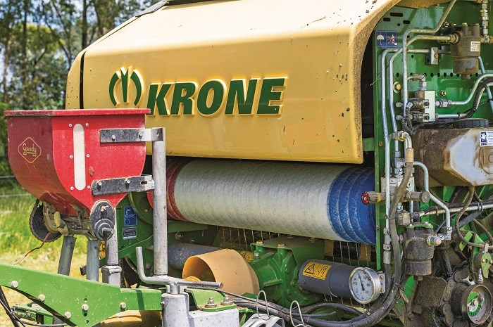 7787 Krone Comprima V 150 XC X treme round baler with innoculant applicator