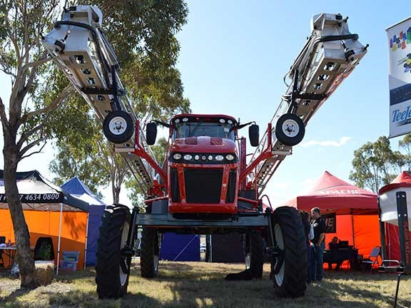 The Apache AS1220 self-propelled sprayer is one massive unit, with a spraying system tank capacity of 4,542-litres.