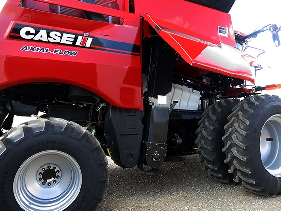The Case IH 3000H On-Combine Grain Analyser is now available for delivery with the MY16 Axial-Flow 140 and 240 Series combine harvesters.