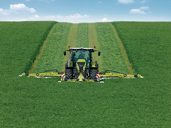 The Claas Disco 1100 Contour mower conditioner has a working width of 10.7m.