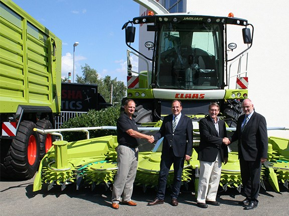 Shredlage founders Roger Olson (left) and Ross Dale (second from right) with Claas Group executive board member Hermann Lohbeck and Claas Saulgau head of business administration, Lutz Arnd.