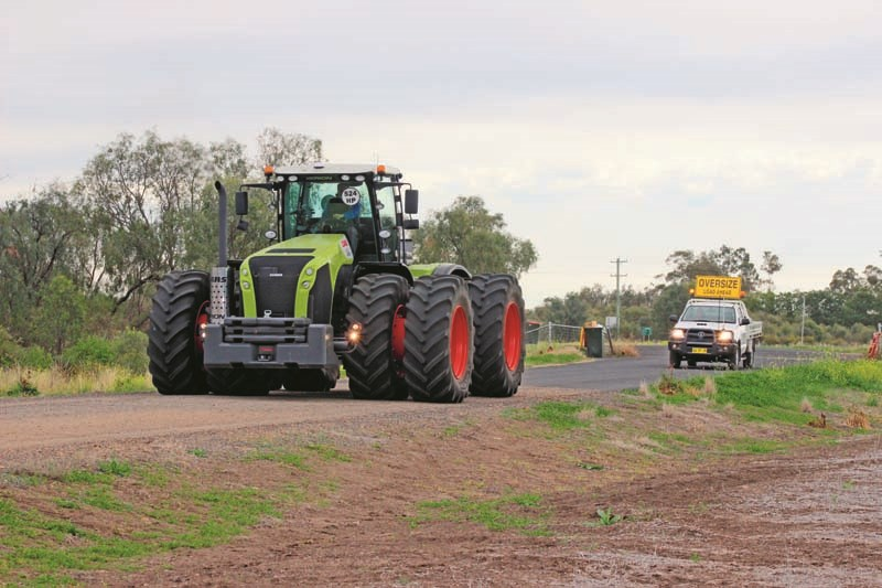 Claas Xerion 5000 1 9457