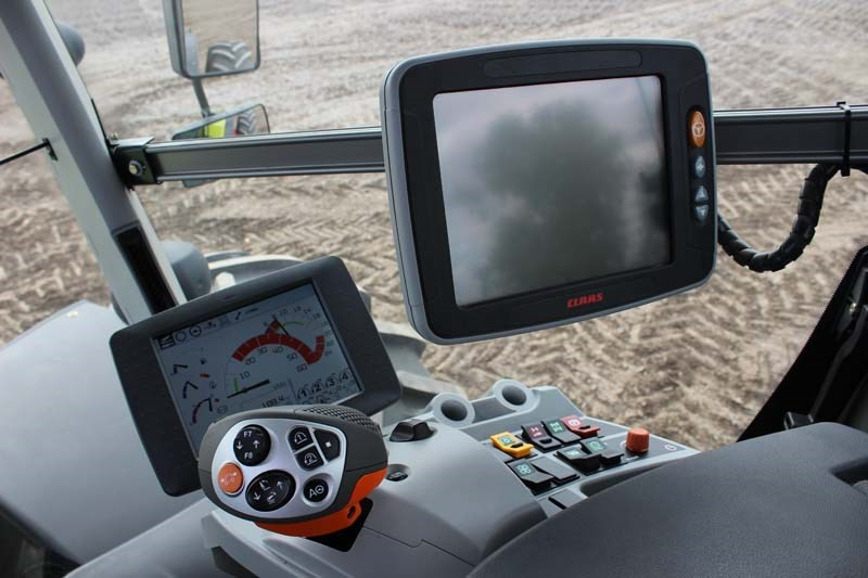 Claas Xerion 5000 CEBIS monitors 9644