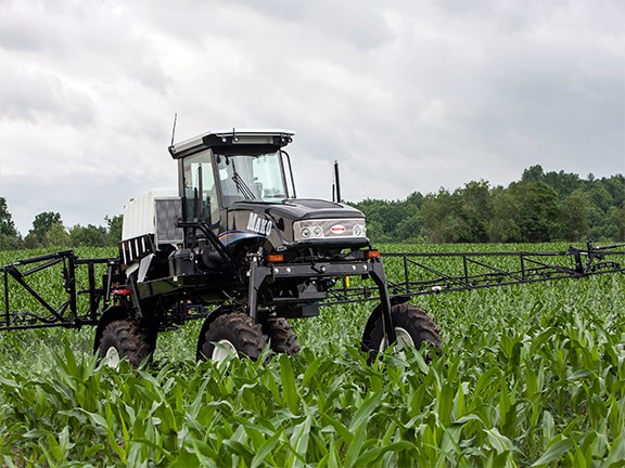The Croplands Mako 450 self-propelled sprayer has arrived in Australia.