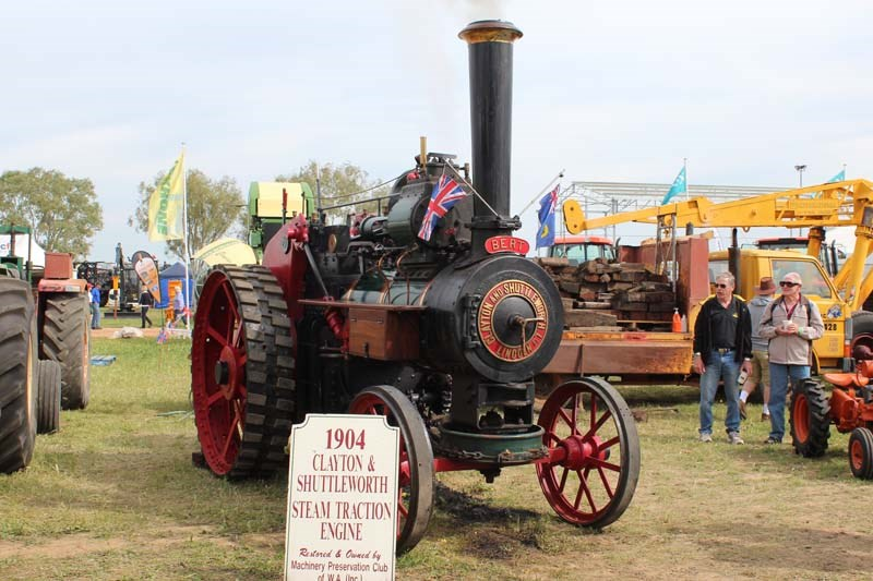 Dowerin 2014 steam engine