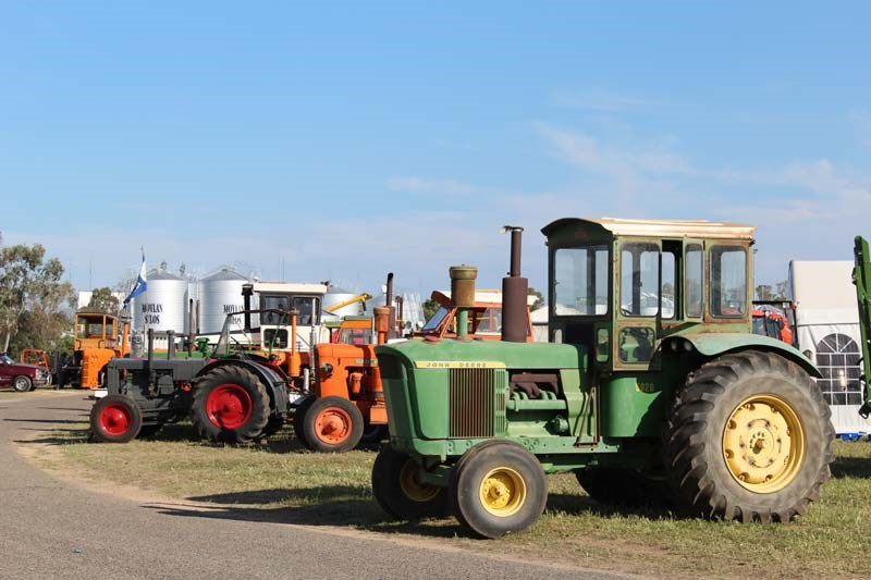 Dowerin 2014 vintage tractor display