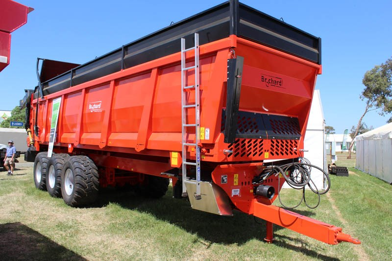 Elmore Field Days 2015 Brochard spreader